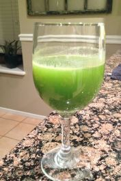 Juice On {Green Detox Juice}